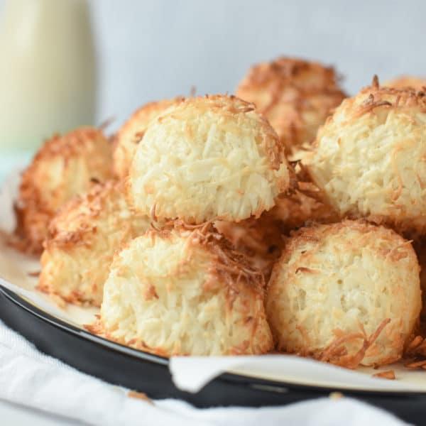Coconut Macaroons Keto