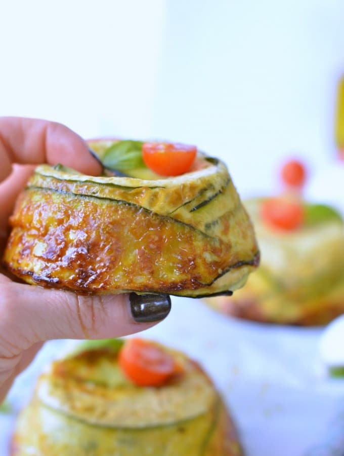Crustless zucchini quiche low carb quiche