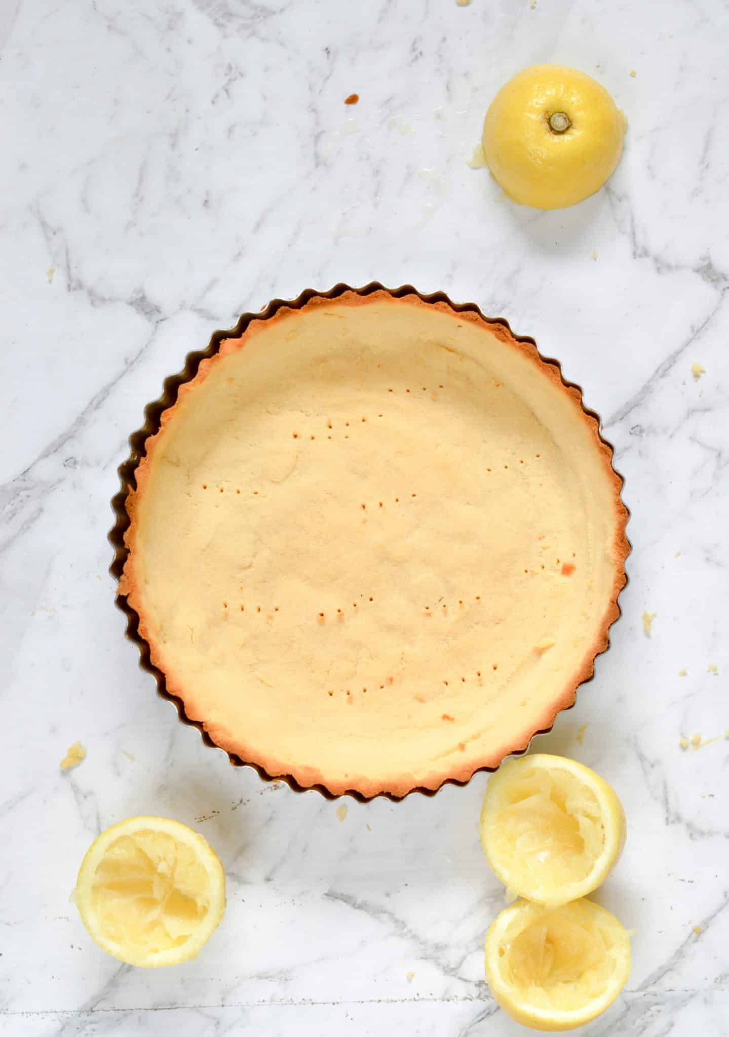 Coconut flour pie crust - an easy 4 ingredients low carb, keto and paleo shortbread crust perfect for pumpkin pie or quiche.