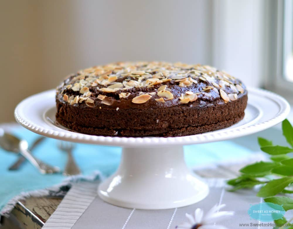 Almond Chocolate Cake – Naturally Sweetened with Dried Fig Paste