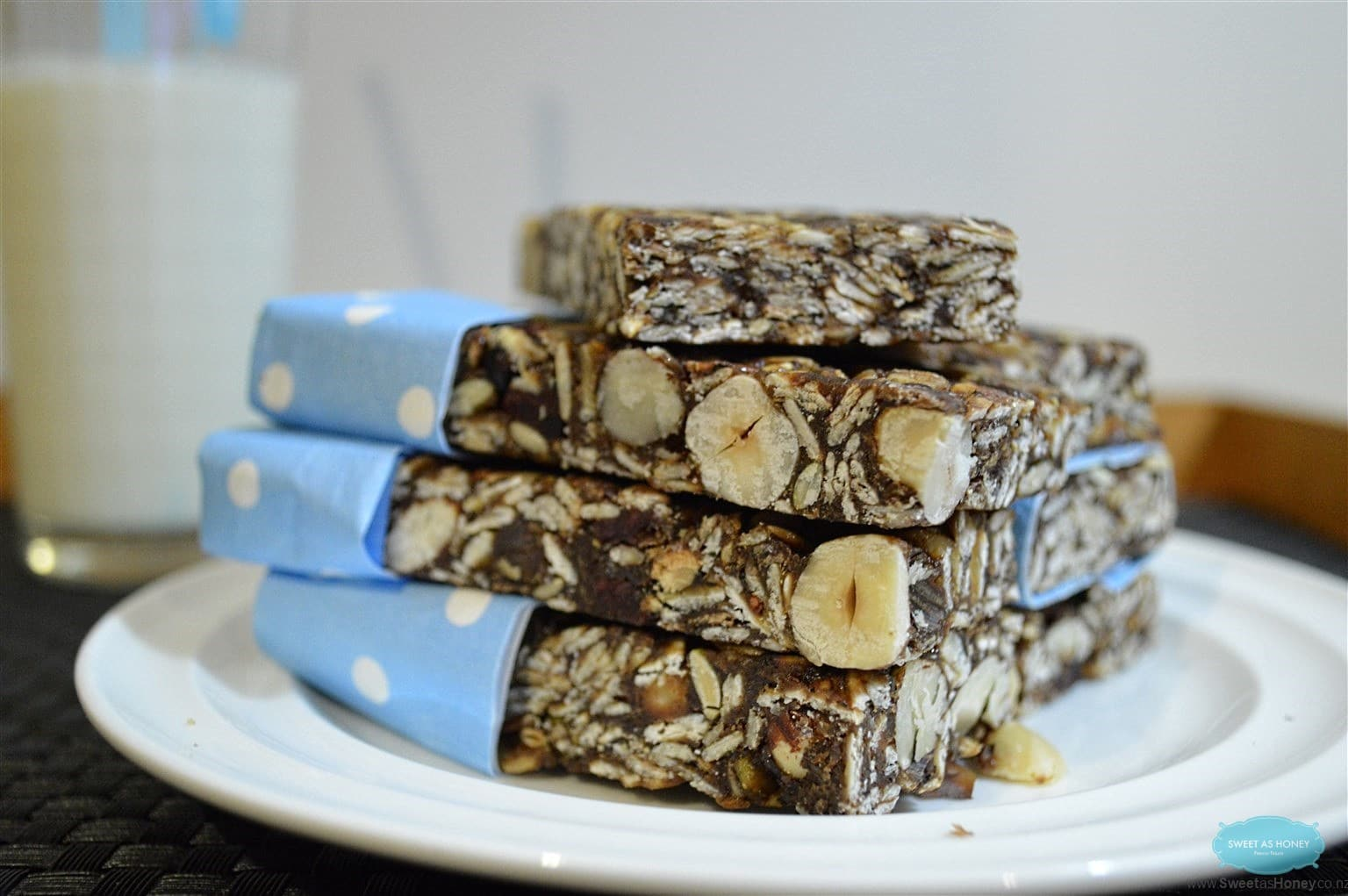 Chocolate Oat Nut Bars