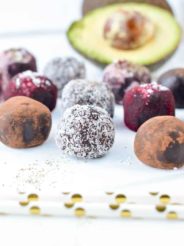 Healthy Avocado Chocolate truffles are easy and Delicious fudgy chocolate truffles, 100% dairy free, vegan and paleo. No bake dark chocolate truffles to had some healthy touch to your Christmas truffles plate.