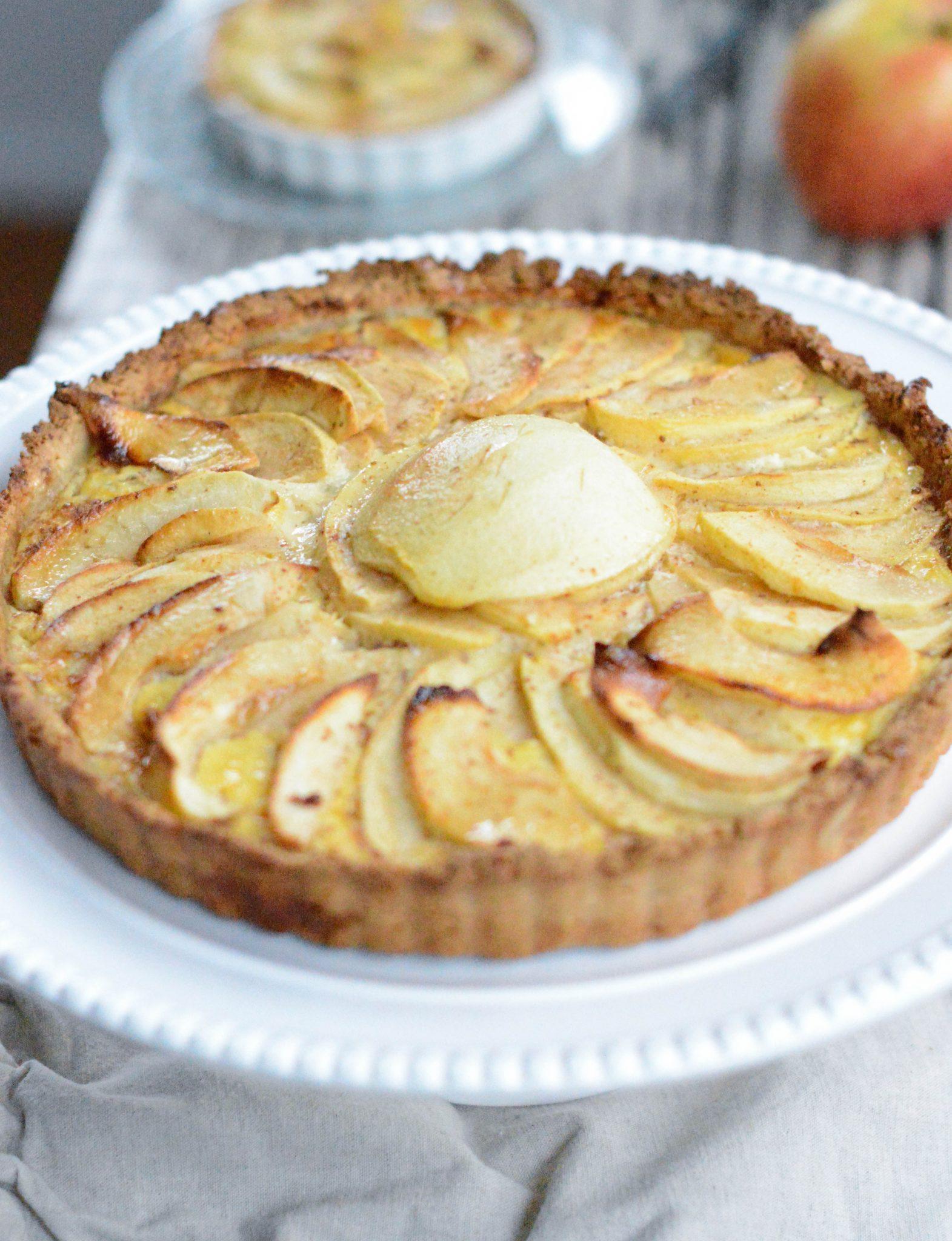 Paleo apple pie