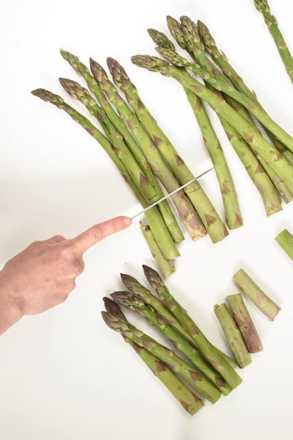 How to trim fresh asparagus spears
