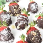 Keto Chocolate-Covered Strawberries
