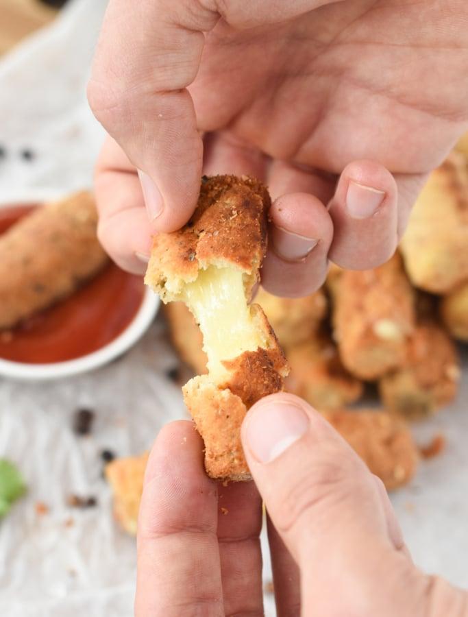 Keto Mozzarella Sticks air fryer