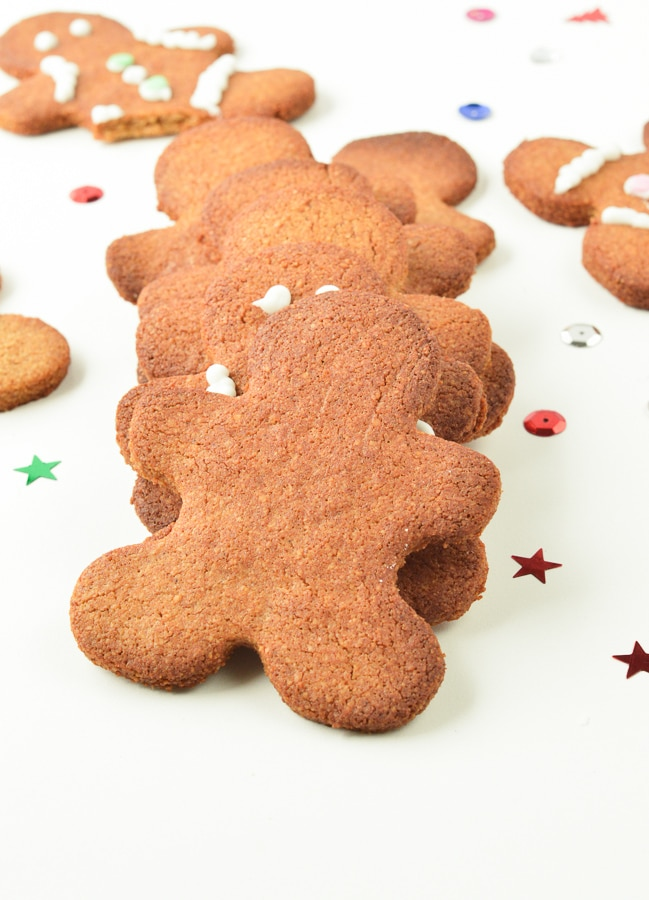 KETO GINGERBREAD COOKIES the best low carb almond flour keto christmas cookies #keto #ketocookies #gingerbreadcookies #gingerbread #easy #healthy #sugarfree #lowcarb #vegan #dairyfree #paleo