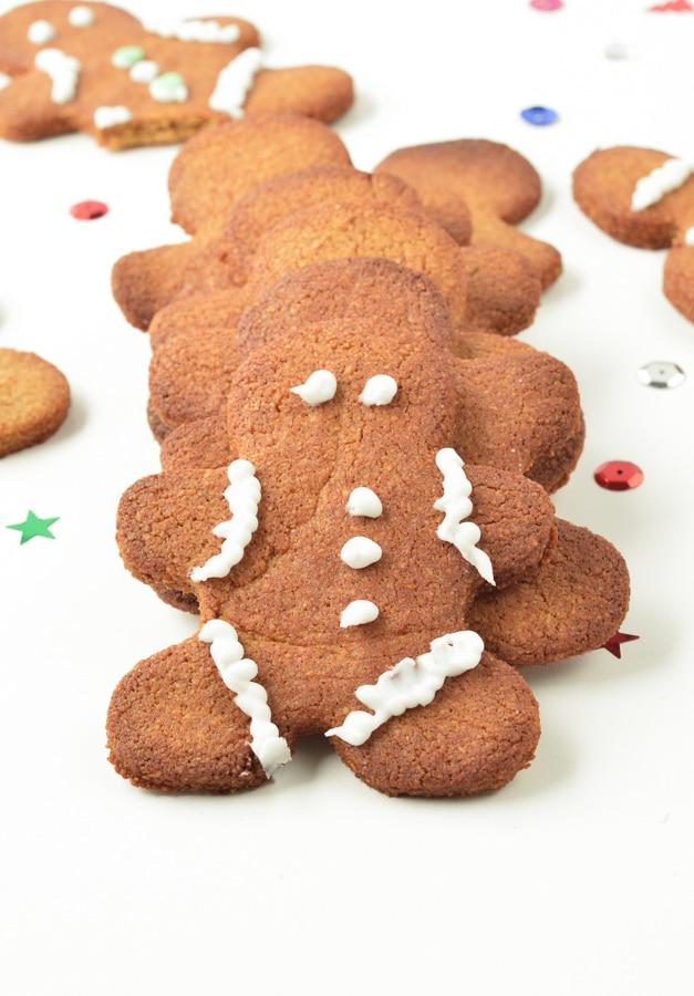 KETO GINGERBREAD COOKIES the best low carb almond flour keto christmas cookies #keto #ketocookies #gingerbreadcookies #gingerbread #easy #healthy #sugarfree #lowcarb #vegan #dairyfree #paleo