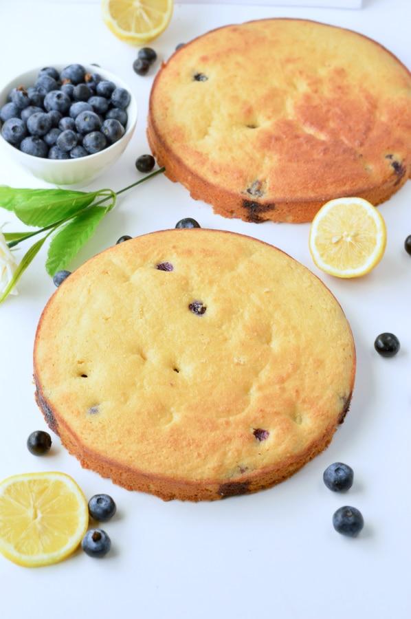 KETO LEMON CAKE with Almond Flour Cream cheese frosting #ketolemoncake #lemoncake #ketocake #lemonbluberrycake #healthycake #healthylemoncake #glutenfreecake #glutenfreelemoncake #almondflour #lowcarb #creamcheese #easy