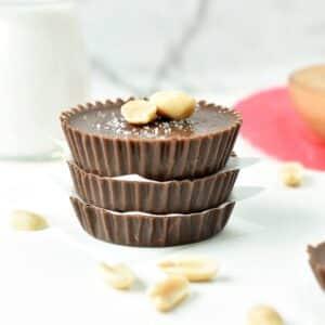 CHOCOLATE PEANUT BUTTER FAT BOMB