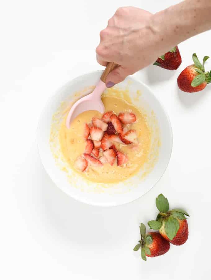 Keto strawberry mug cake ingredients