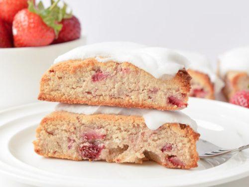 KETO STRAWBERRY SCONES with Glaze 6g net carbs #ketoscones #keto #scones #glutenfree #almondflour #lowcarb #strawberry #recipe #coconutflour #almond