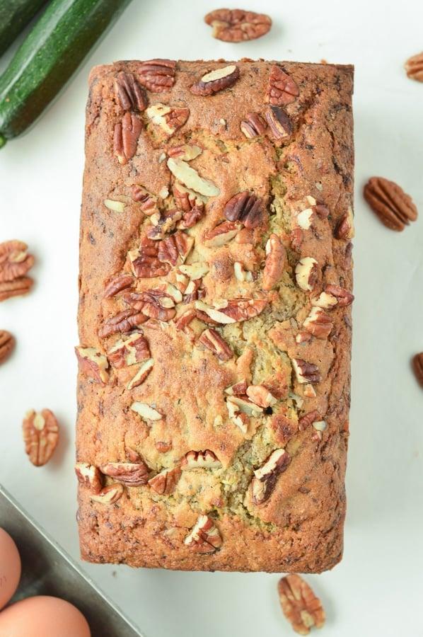 KETO ZUCCHINI BREAD with almond flour, gluten free #almondflour #zucchinibread #ketozuccinibread #easy #glutenfree #withswerve #videos #withwalnuts #paleo #healthy #zucchini #fallrecipes #fallspices