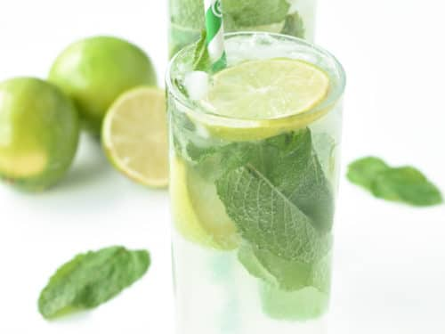Low carb sugar free cocktail