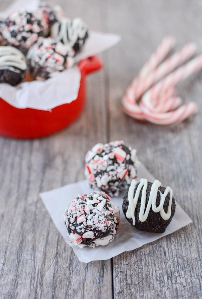 no-bake-peppermint-chocolate-bites-1