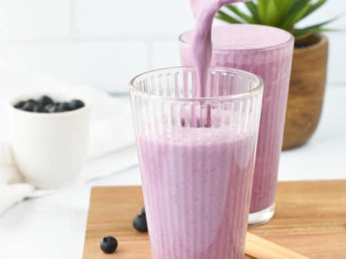 blueberry yogurt smoothie