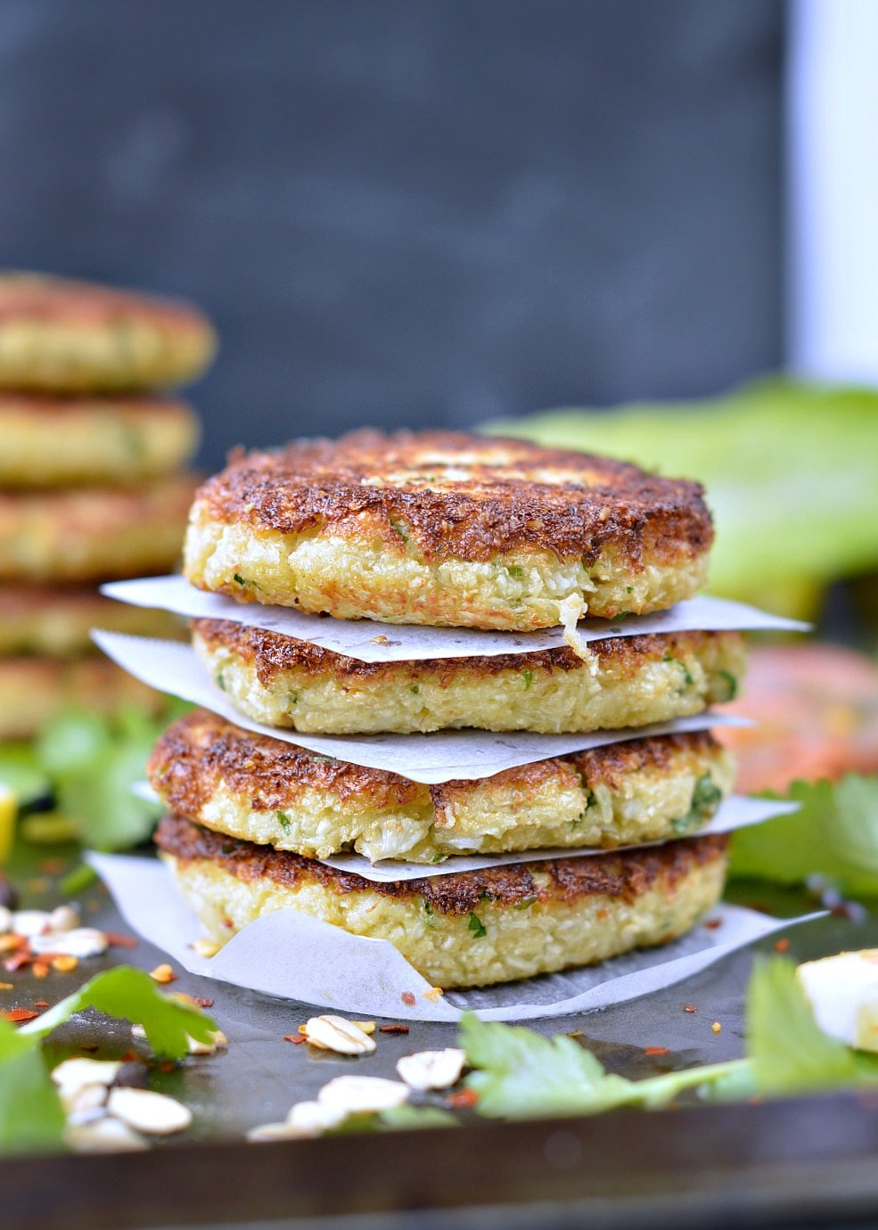 Healthy Paleo Cauliflower fritters, low carb and gluten free. An easy and tasty 4 ingredients crispy fritter recipe perfect as a clean eating meal on its own or to fill burger buns.