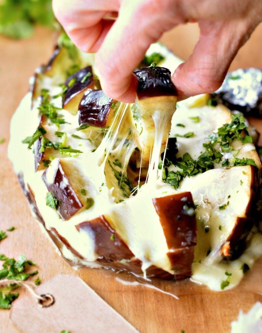 cheesy pull-apart garlic bread low carb