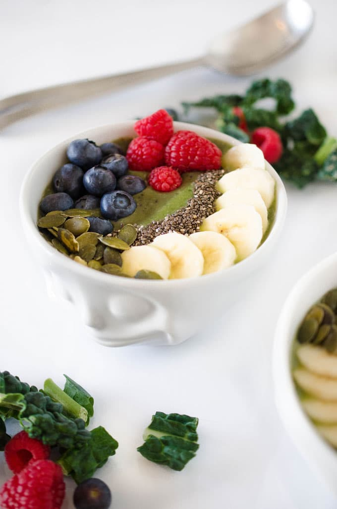 Kale  & spinach smoothie bowl