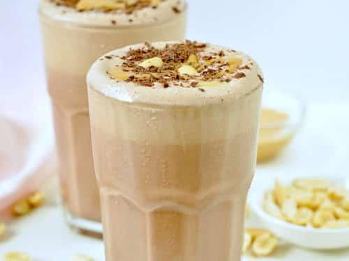 KETO PEANUT BUTTER SMOOTHIE an easy almond milk chocolate smoothie #ketopeanutbuttersmoothie #ketosmoothie #ketopeanutbutter #ketosmoothie #lowcarbsmoothie #chocolatesmoothie #lowcarb #smoothie #almondmilk #dairyfreesmoothie #dairyfree #almondmilksmoothie #smoothierecipes #healthysmoothies