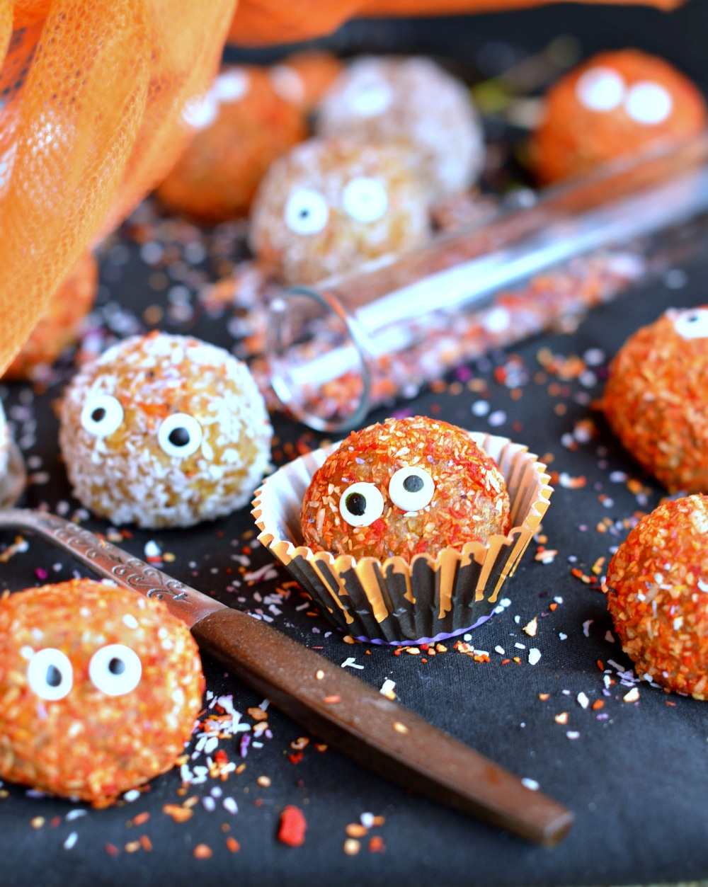 Apricot Balls - Healthy Halloween Treats