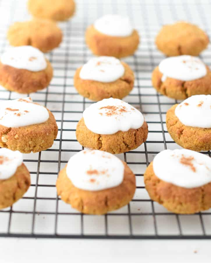 pumpkin spice keto cookies