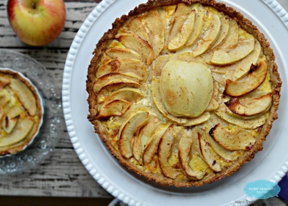 Paleo Apple Pie with Cashew Pie Crust| Gluten free - SWEETASHONEY